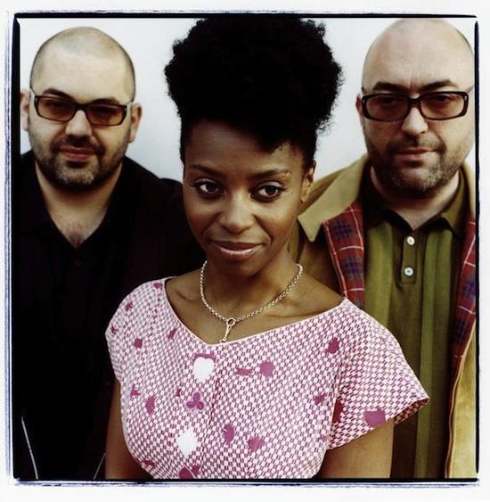 Sängerin Skye wiedervereint mit den Brüdern Godrey. Alle Bilder: www.morcheeba.co.uk