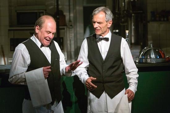 Die beiden Kellner René Ander-Huber & Helmut Vogel | Foto|Copyright: Bernhard Fuchs
