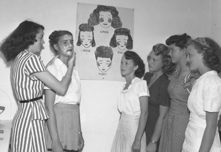 Kosmetikerinnen in Ausbildung, USA 1946